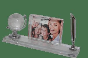 הדפסת תמונה על גביש זכוכית עם עט וגלובוס
